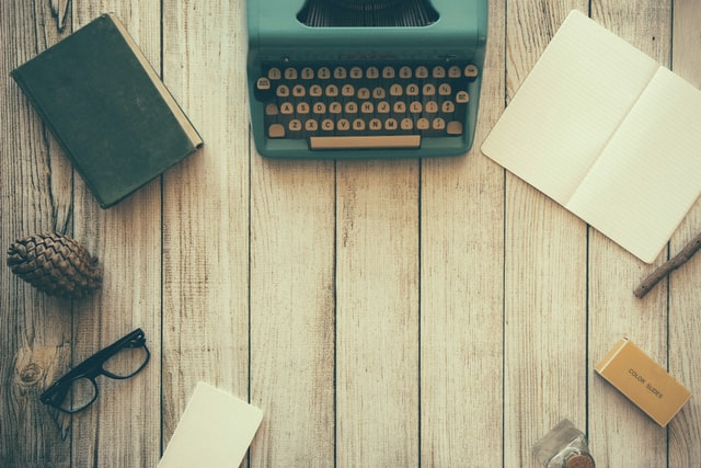 Writing-a-bestseller-typewriter-ways-to-write-a-marketable-book-learning-about-your-genres-market-susan-shiney-retrosupply-unsplash
